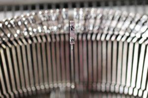 typewriter-1227393_1280